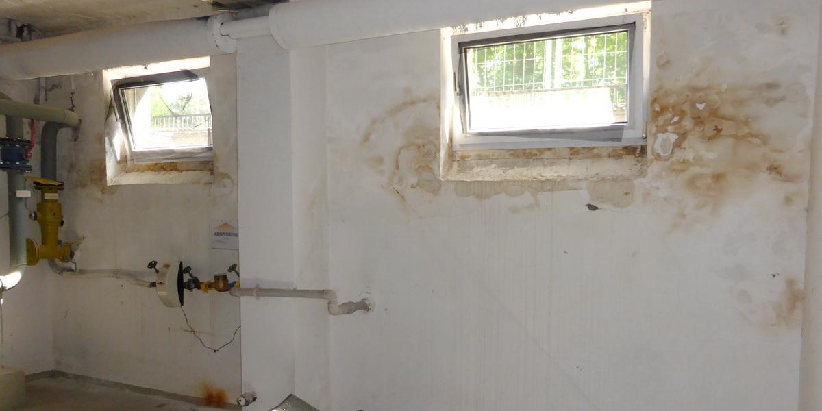 Schadhafte Abdichtung von Kellerwänden