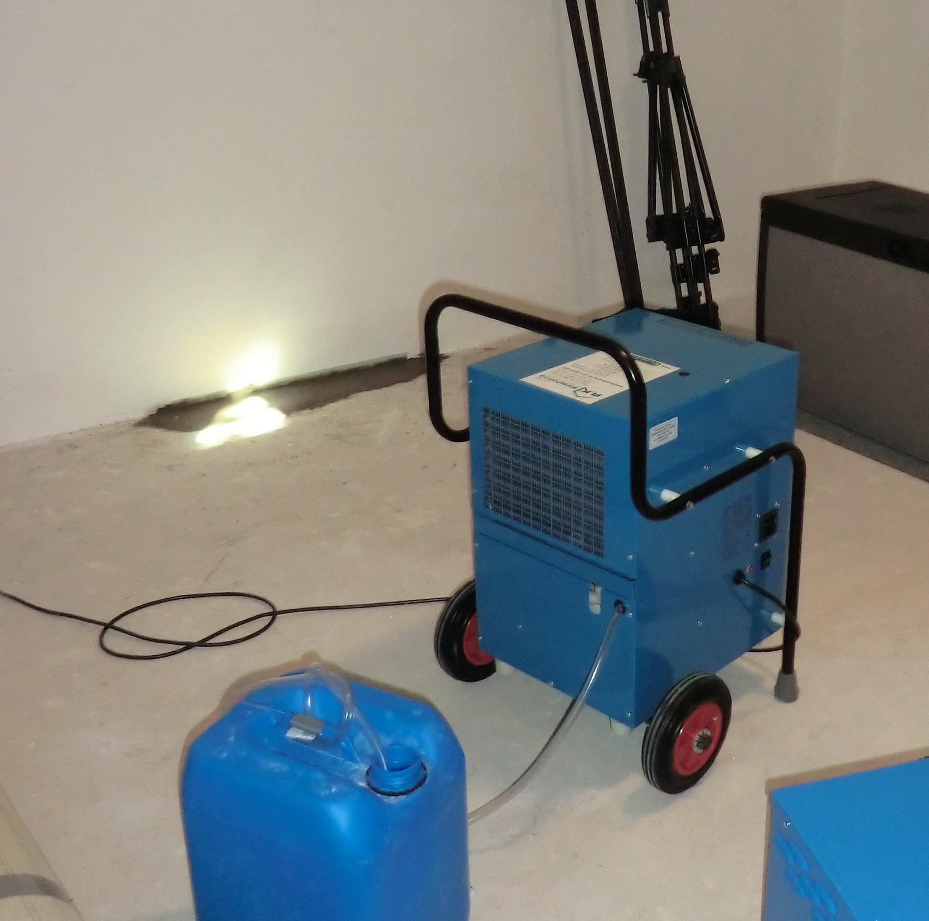 feuchte w nde was gegen feuchte w nde hilft und wie sie vorbeugen r k werterhaltung. Black Bedroom Furniture Sets. Home Design Ideas