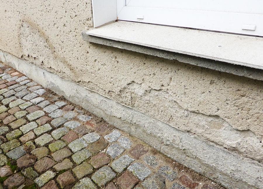Schäden am Mauerwerk und Sockel? Haus trockenlegen!